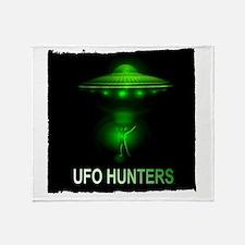 ufo hunters Throw Blanket