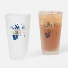 El Salvador Flag in Real heart Drinking Glass