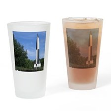 v2 rocket Drinking Glass