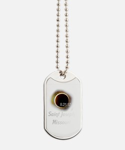 Cool Lunar eclipse Dog Tags