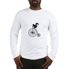 squirrel on vintage bicycle Long Sleeve T-Shirt