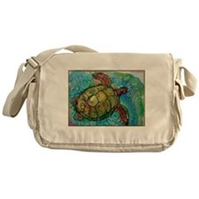 Sea turtle! Wildlife art! Messenger Bag