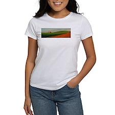 Old Barn at Sundown T-Shirt