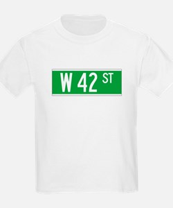 W 42 St., New York - USA Kids T-Shirt