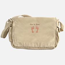 DUE IN JUNE PINK BABY FEET Messenger Bag