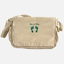 DUE IN MAY BLUE BABY FEET Messenger Bag