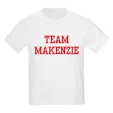 TEAM MAKENZIE  Kids T-Shirt