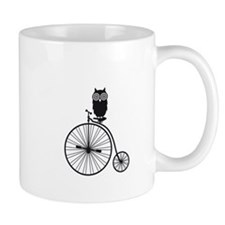 owl on old vintage bicycle Mug