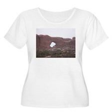 Arches National Park - Moab Utah Plus Size T-Shirt
