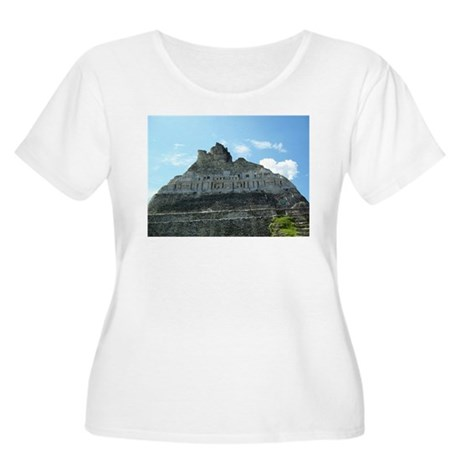 Xunanatunich Mayan Ruins in Belize Plus Size T-Shi