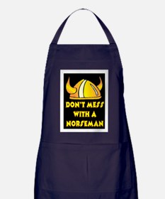 DON'T MESS WITH A NORSEMAN Apron (dark)