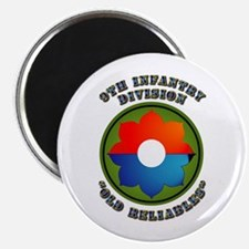 """Army - SSI - 9th Infantry Division 2.25"""" Magnet (1"""
