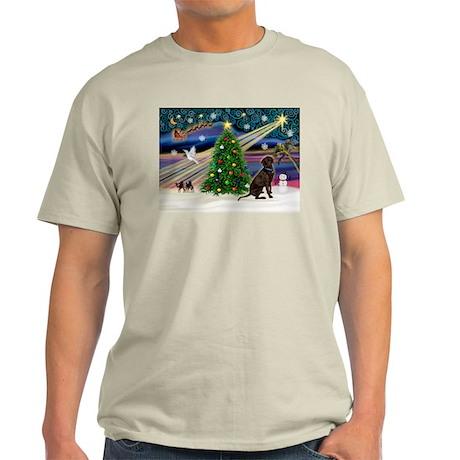 Xmas Magic & Chocolate Lab Light T-Shirt