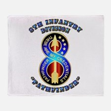 Army - Division - 8th Infantry DUI Throw Blanket