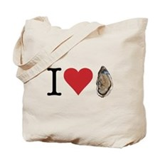 I heart oysters. I love oysters. Yummy seafood! To