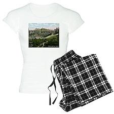 Edinburgh, Scotland, Vintage Pajamas