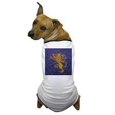 Rampant Lion - gold on blue Dog T-Shirt