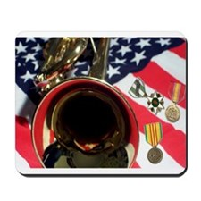 Vietnam Medals lying on flag Mousepad