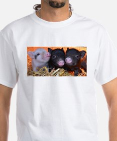 3 little micro pigs T-Shirt