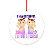 I'm A Grandma (PGG:blk) Ornament (Round)