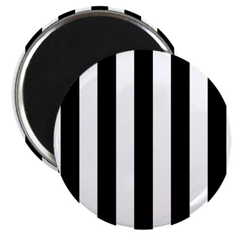 Black and white vertical stripes Magnet