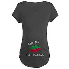 Kiss Me I'm Italian Love T-Shirt