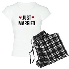 just married with two red hearts Pajamas