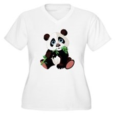 Panda Eating Bamboo Plus Size T-Shirt