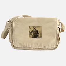 Lemur Fellow Messenger Bag