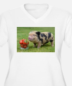 Micro pig with strawberries Plus Size T-Shirt