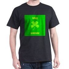 Irish Trucker Green 4 Leaf Clover 32 T-Shirt