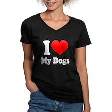 I Heart My Dogs: T-Shirt
