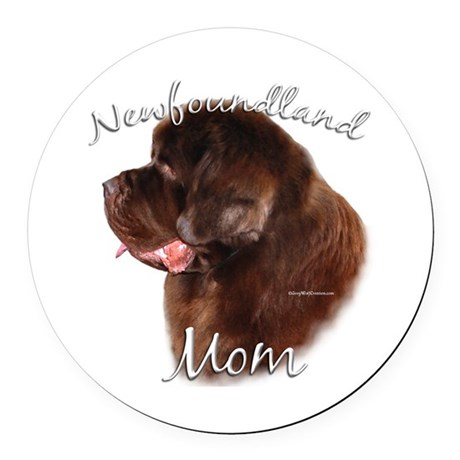 NewfbrownMom.png Round Car Magnet