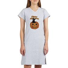 Vintage Halloween Cat In Pumpkin Women's Nightshir