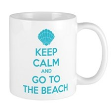 Keep calm and go to the beach Mug