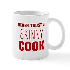 never-trust-a-skinny-cook-AKZ-BROWN Mug