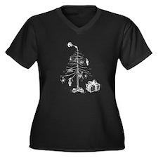Gothic Christmas Tree Women's Plus Size V-Neck Dar