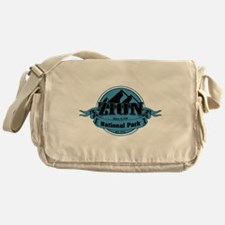 zion 5 Messenger Bag