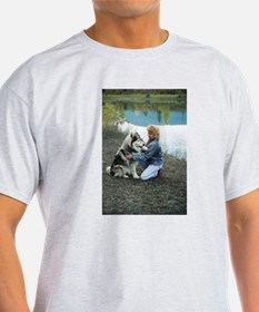 """Shilo With Wolflady"" T-Shirt"