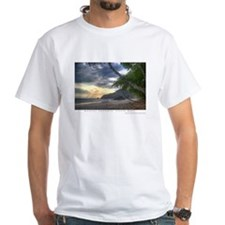 ManuelAntonioBeach14x10.png T-Shirt