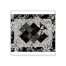 Larissa - Black and White Card Trick pattern Squar