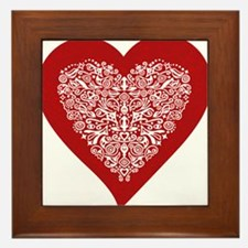 Red sparkling heart with detailed white ornament F