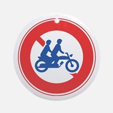 Closed to Motorcycles and Mopeds (2 pass.) Ornamen