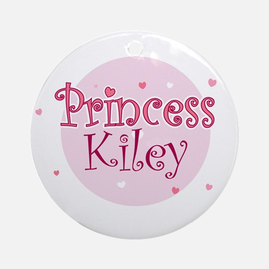 Kiley Ornament (Round)