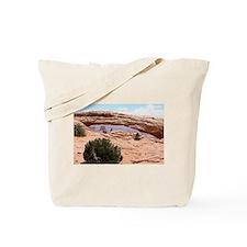 Mesa Arch, Canyonlands National Park, Utah, USA To