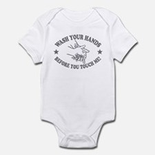 Wash Your Hand! Gray Infant Bodysuit