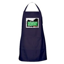 GREENPOINT AV, BROOKLYN, NYC Apron (dark)