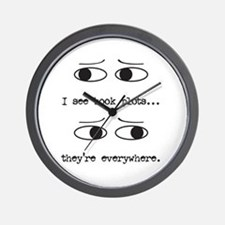 I See Book Plots - Wall Clock
