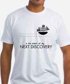 ship_discovery_rev T-Shirt