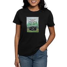 """ LIFE is like a Camera "" / Sculpted Art T-Shirt"